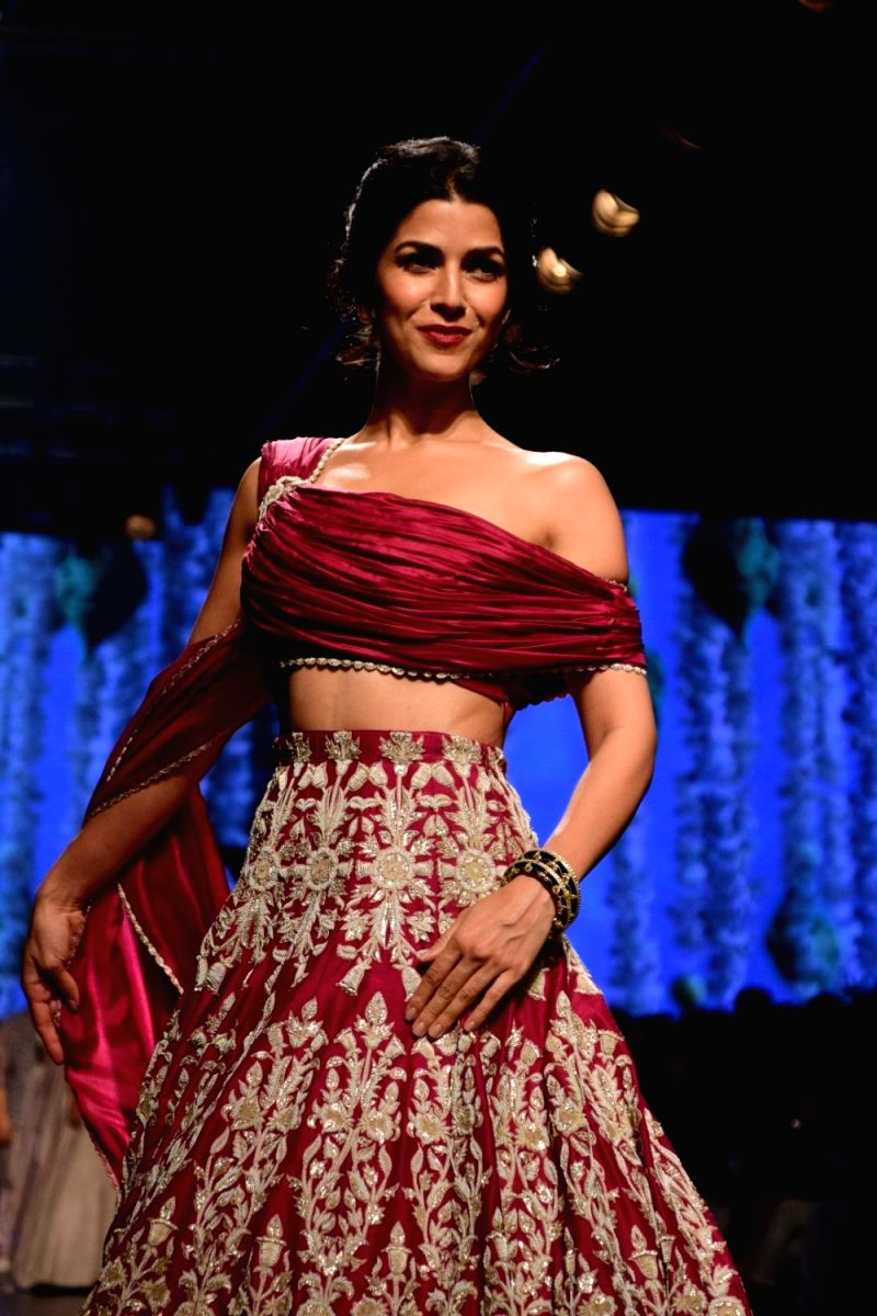 Get fancy with your dupatta