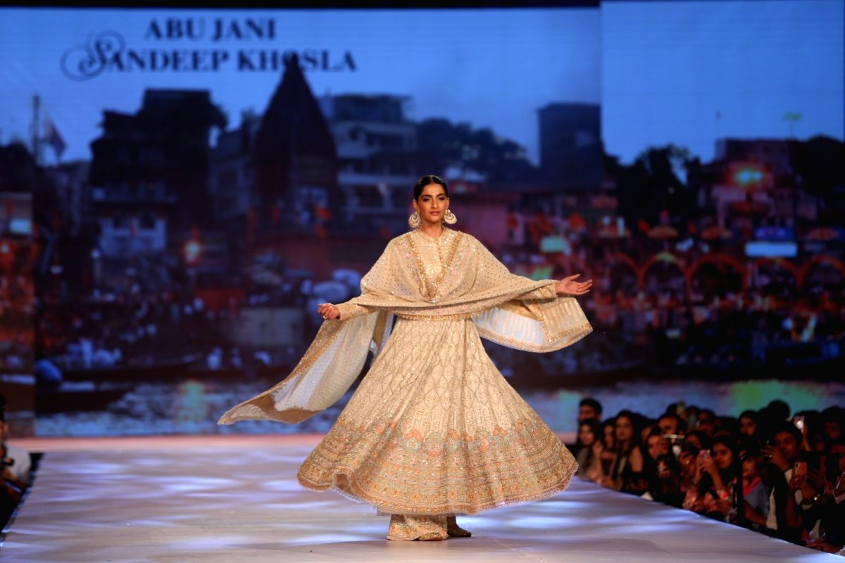 Sonam kapoor on the ramp