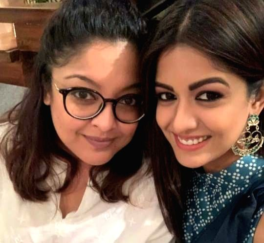 "Actress Tanushree Dutta recently paid a visit to her sister and actress Ishita Dutta on the sets of her TV show ""Bepanah Pyaar"""