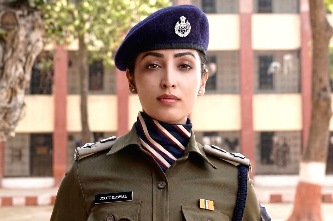 Actress Yami Gautam began shooting for her upcoming film Dasvi on Thursday in Agra. Her co-stars Abhishek Bachchan and Nimrat Kaur had already stared shooting for the film earlier.