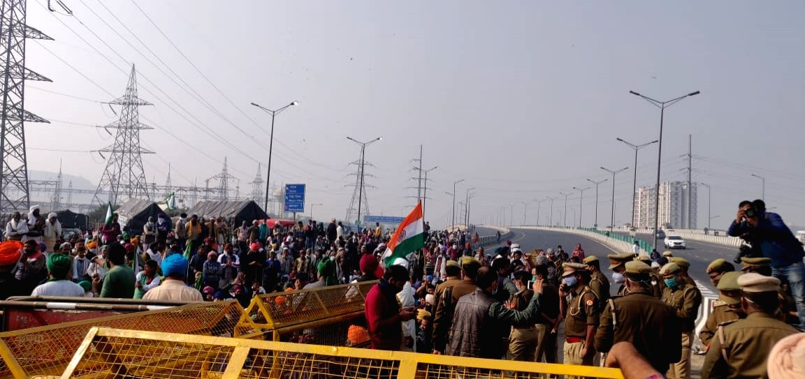 Agitated farmers block highway leading to Delhi from UP