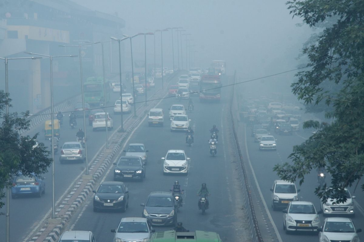 Air quality falls to 'very poor' category in Delhi-NCR.