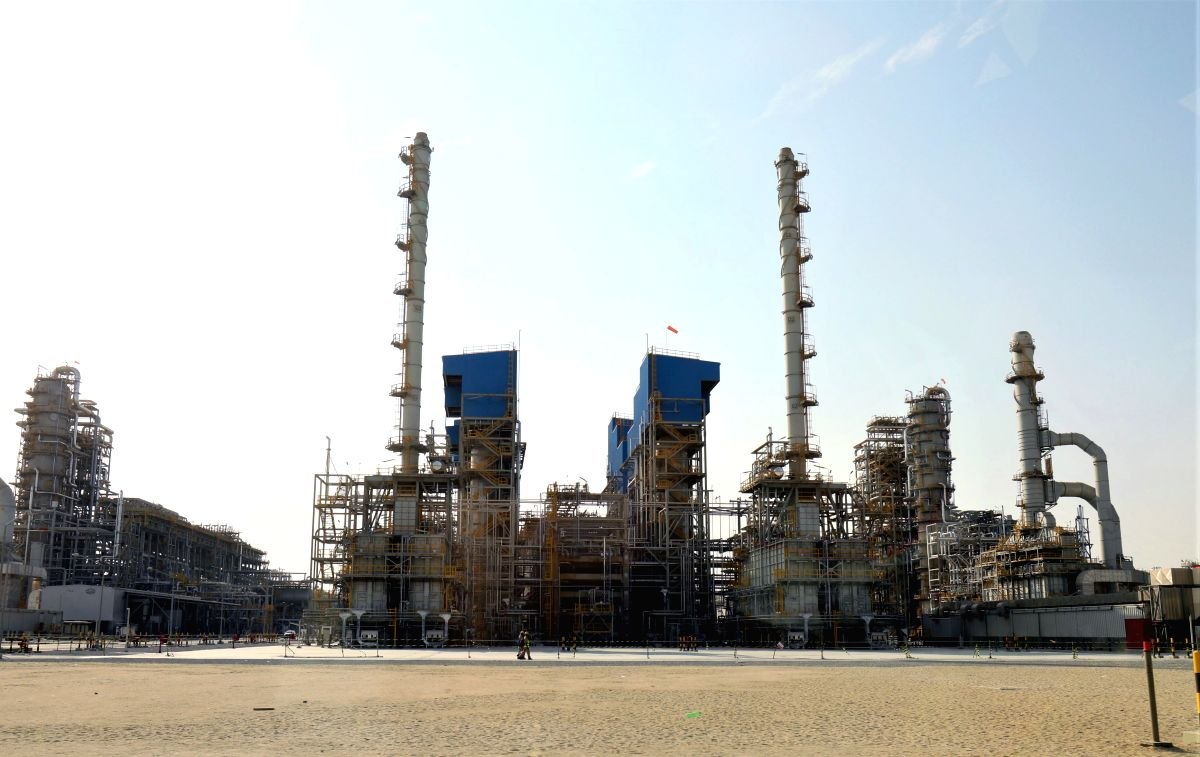 AL AHMADI (KUWAIT), Oct. 22, 2019 (Xinhua) -- Photo taken on Oct. 22, 2019 shows the construction site of Kuwait New Refinery Project in Al Ahmadi Governorate, Kuwait. The sixth set of oil-refining equipment for the Kuwait New Refinery Project (NRP),