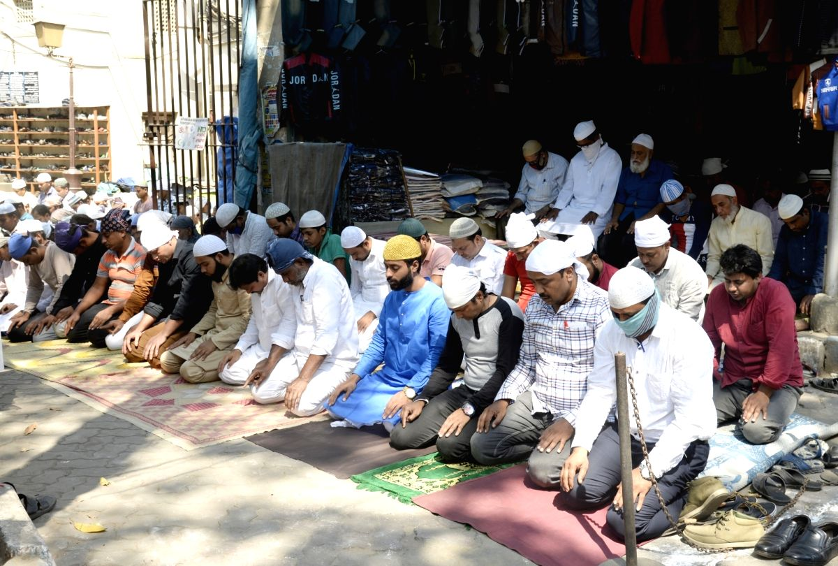 All Muslim sects have suspended Friday prayers to abide by the government's decision of complete lockdown to contain the spread of coronavirus, however the call for prayers will continue in the mosques. (File Photo: IANS)