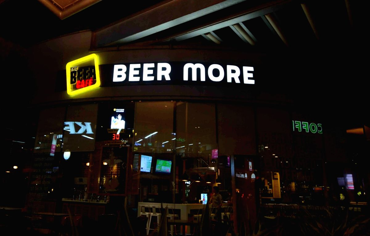 All stocks of wine and beer transferred from store room to the bar counter must be sold within 3 days, says a Delhi government order. Cheaper liquor brands which are priced under Rs 1,500 must be cleared within 5 day, says the order. (Photo: Bidesh M
