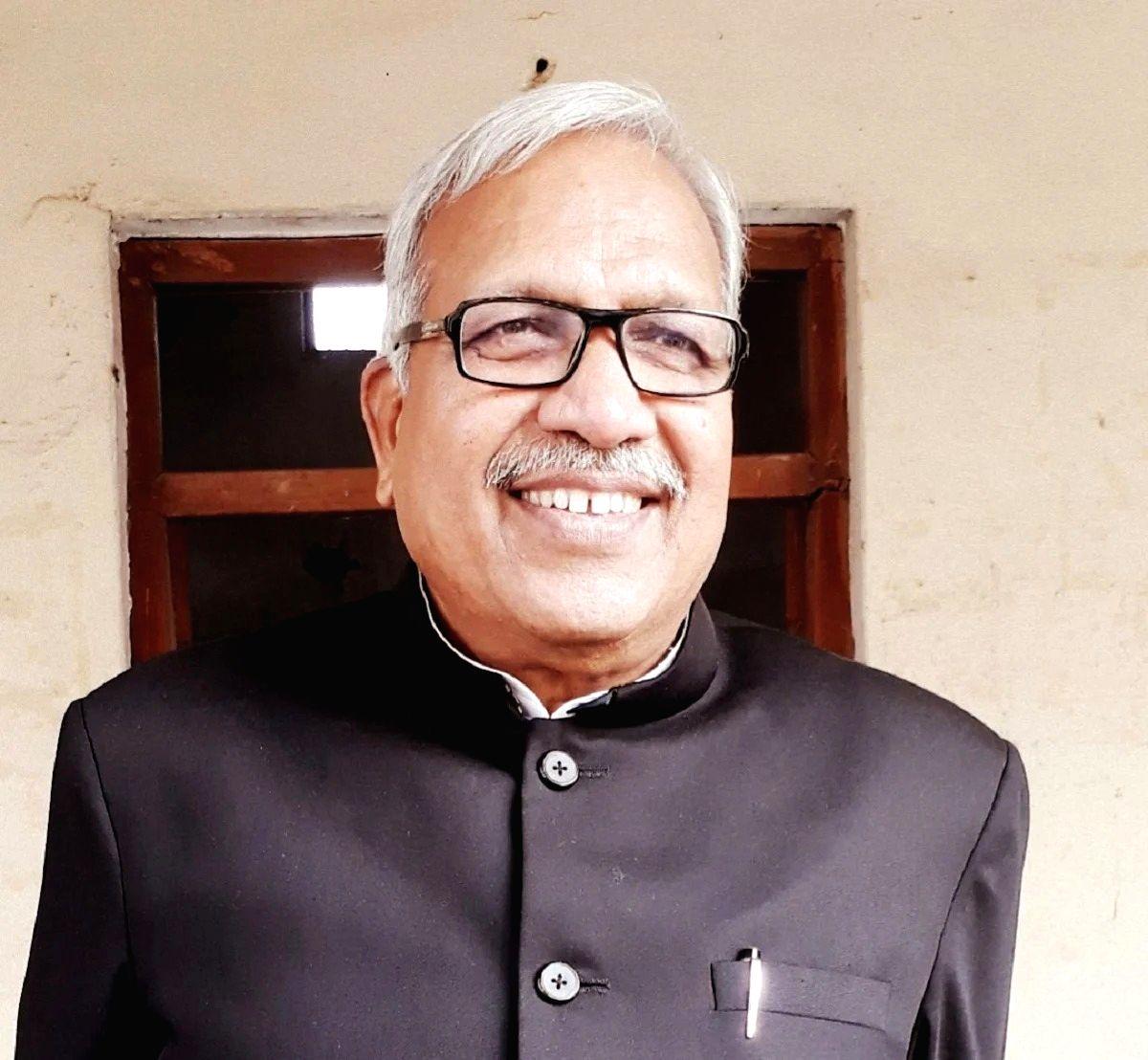 Ambika Chaudhary quits BSP.