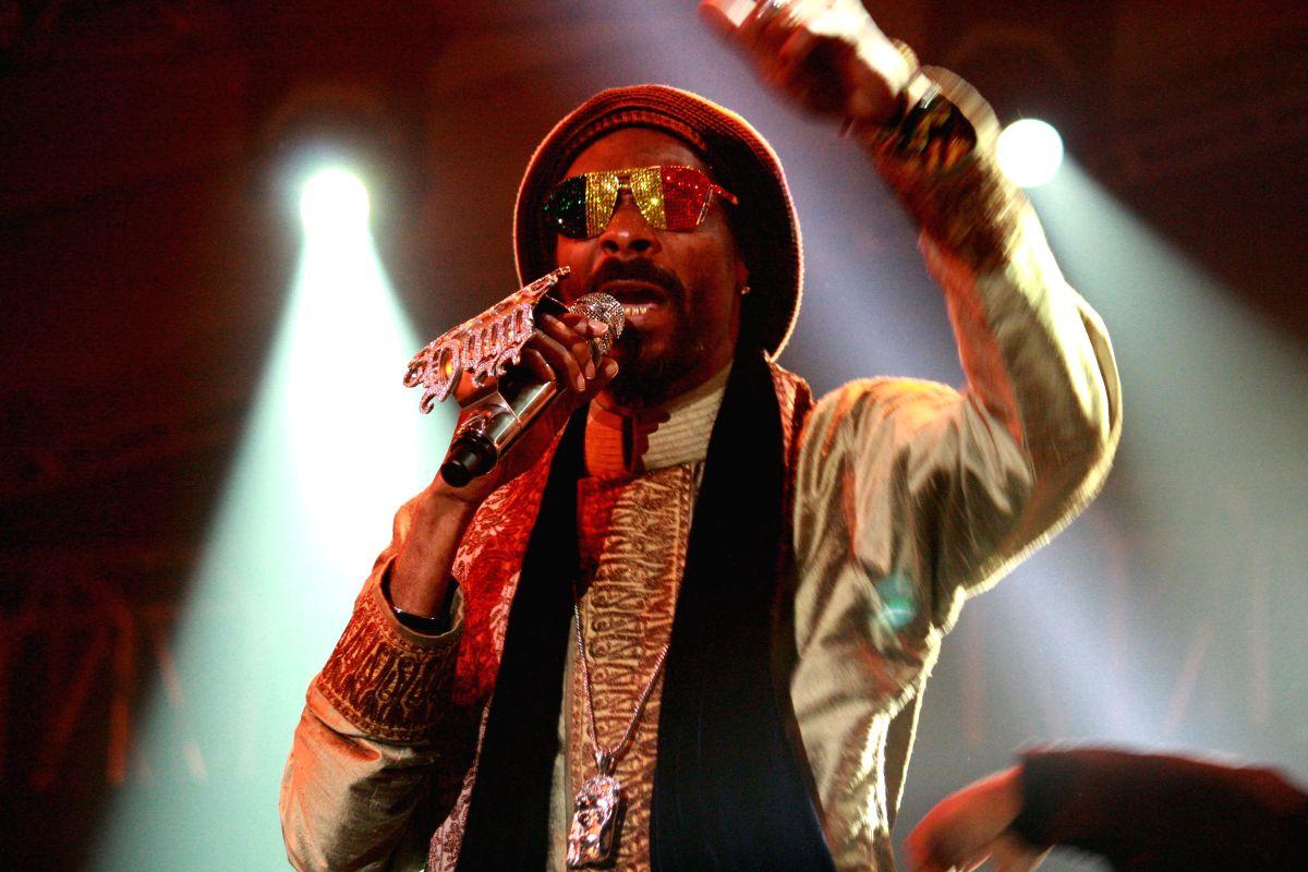 American rapper, singer Snoop Dogg live at Gurgaon.(Photo:IANS/Amlan)