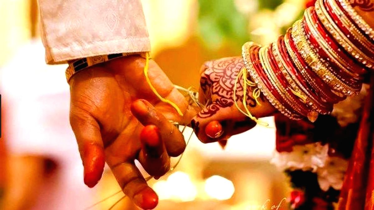 Amid joy and sorrow, Maha tribal girl weds week after dad's suicide.