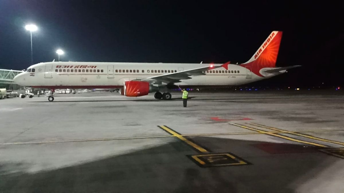 An Air India flight with 331 passengers from Britain landed at the Rajiv Gandhi International Airport in Hyderabad early Tuesday. It later took off with another 87 passengers for Delhi, from where they will be airlifted to the US. Air India flight AI