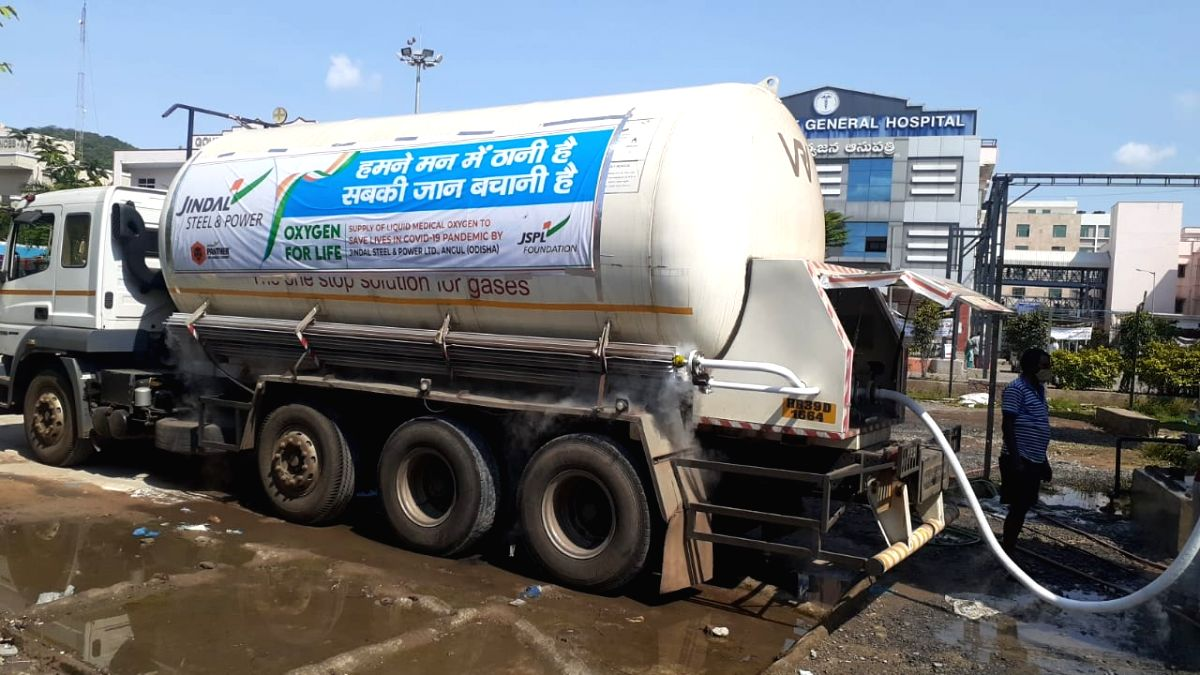 Andhra police traces missing oxygen tanker, saves 400 patients