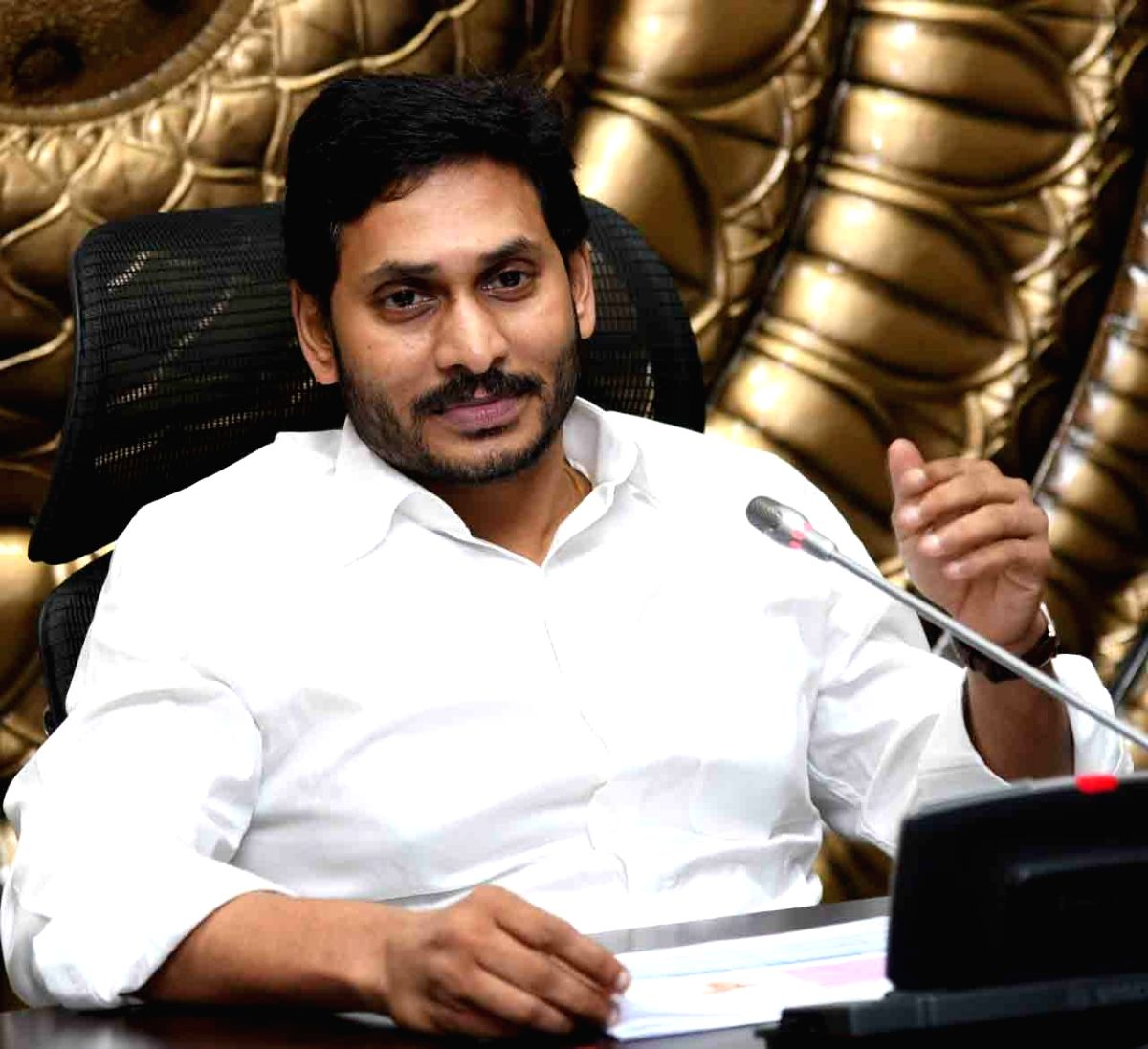 AP to buy 16 cr masks to give it to for every person