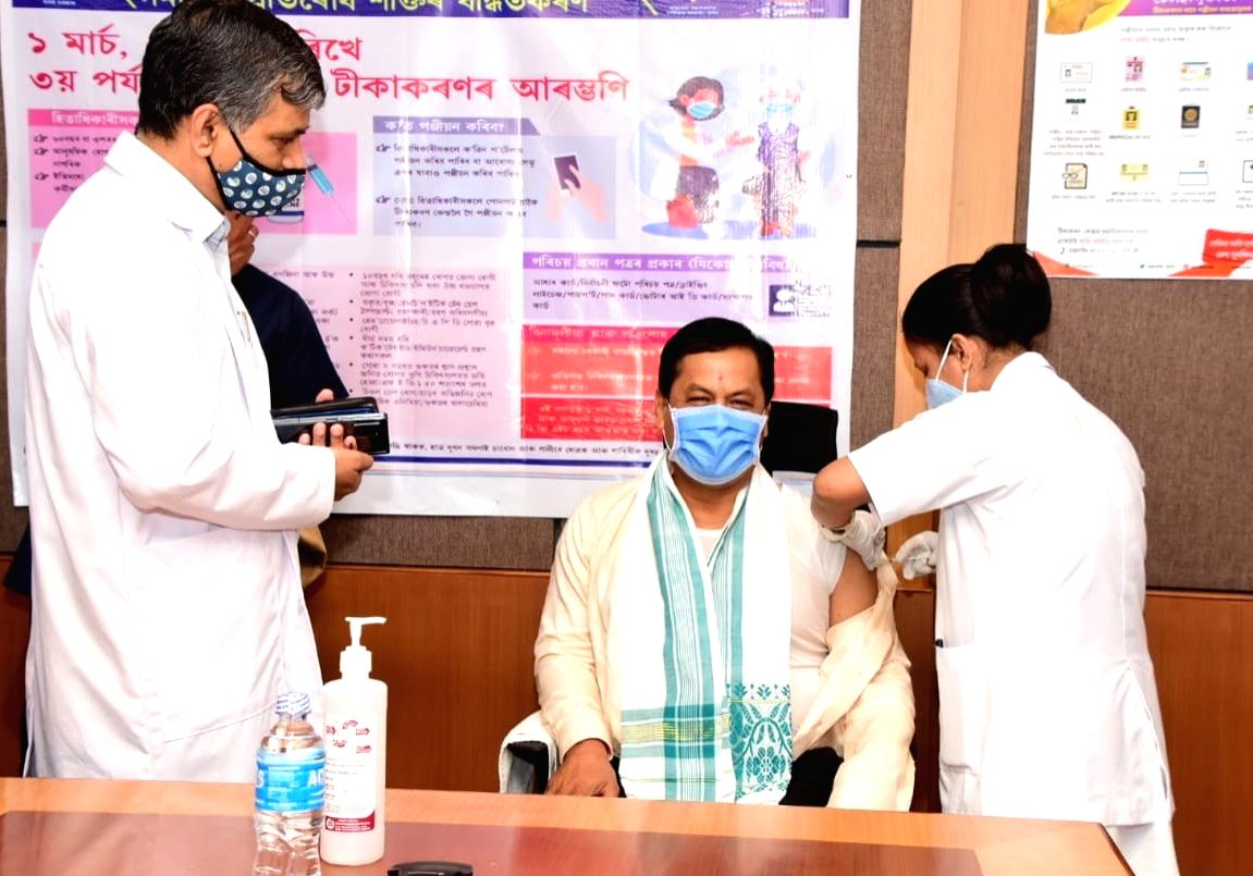 Assam CM takes the 1st dose Covid-19 vaccine, urge others for inoculation.