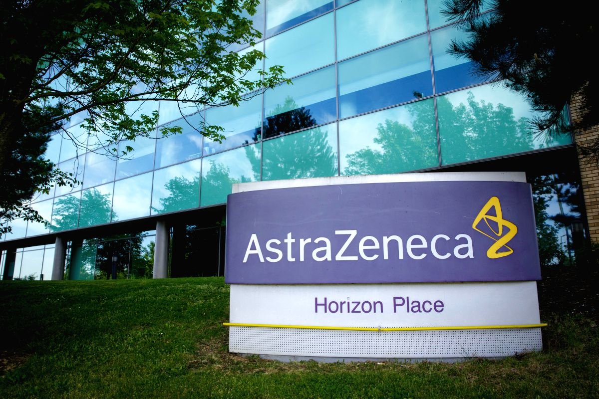 AstraZeneca will test Sputnik V component in clinical trials of its own vaccine