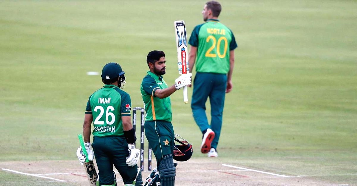 Azam in smashing form as Pakistan crush South Africa