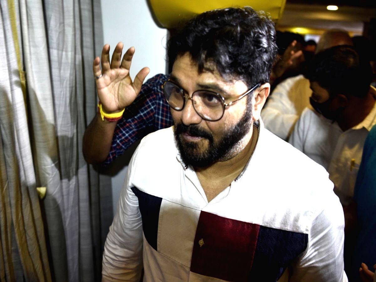 Babul Supriyo calls on Mamata Banerjee.