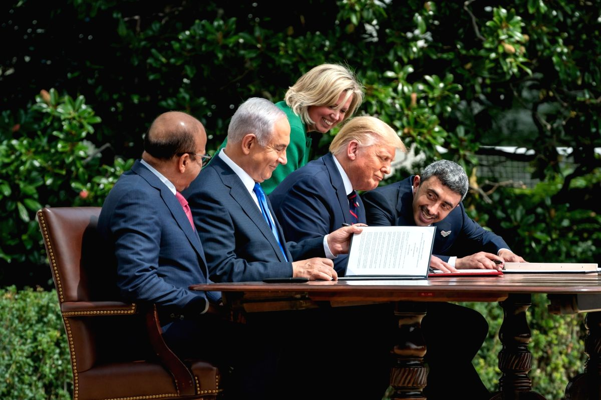 Bahrain Foreign Minister Abdullatif bin Rashid Al-Zayan, from left, Israel Prime Minister Benjamin Netanyahu, United States President Donald Trump and United Arab Emirates Foreign Minister Abdullah bin Zayed Al Nahyan at the signing of the pact set u