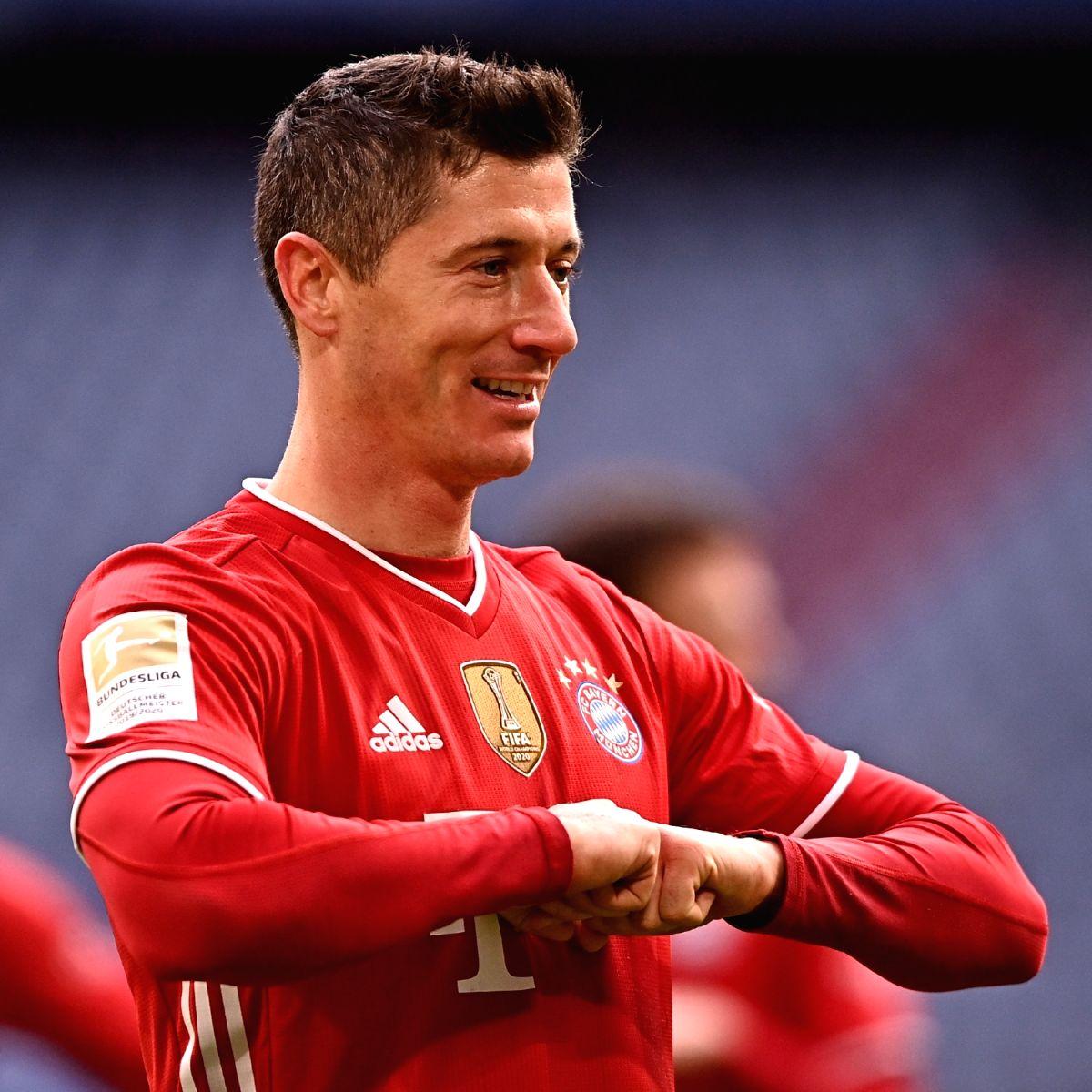 Bayern win record-extending 9th straight Bundesliga title