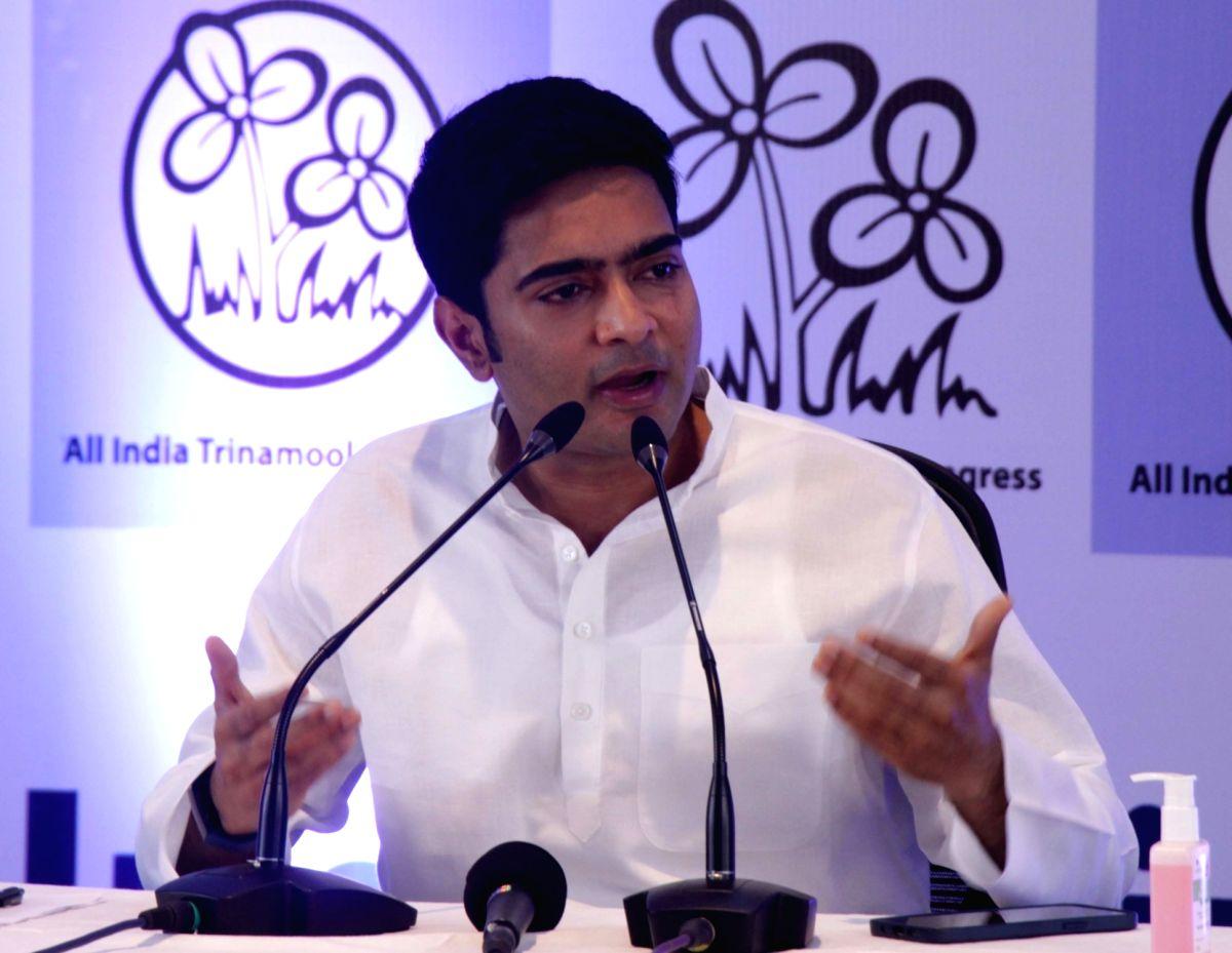 Bengal political parties tear apart BJP on Pegasus row