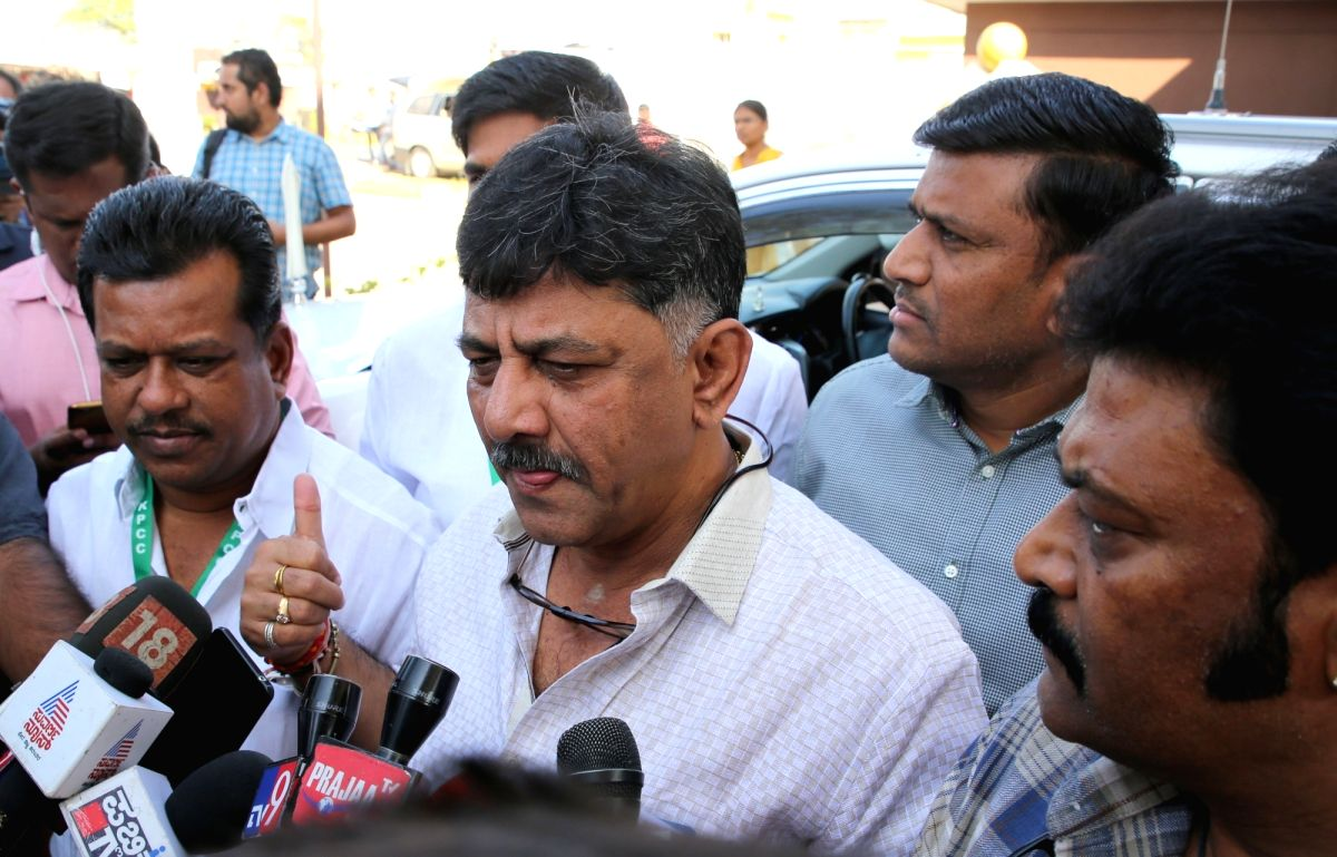 Bengaluru: Congress leader D. K. Shivakumar talks to media persons after attending the Congress Legislature Party (CLP) meeting that was held to discuss the political situation in the state, in Bengaluru on Jan 19, 2019.