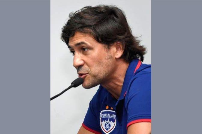 Bengaluru FC coach Carles Cuadrat.