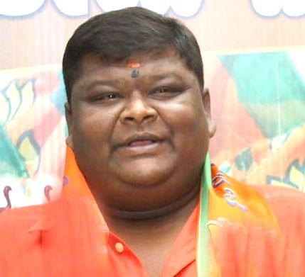 Bengaluru: Kannada comedian Bullet Prakash (44) who was passed away at Private Hospital due to multi organ failure, in Bengaluru on April 6, 2020. (File Photo: IANS)
