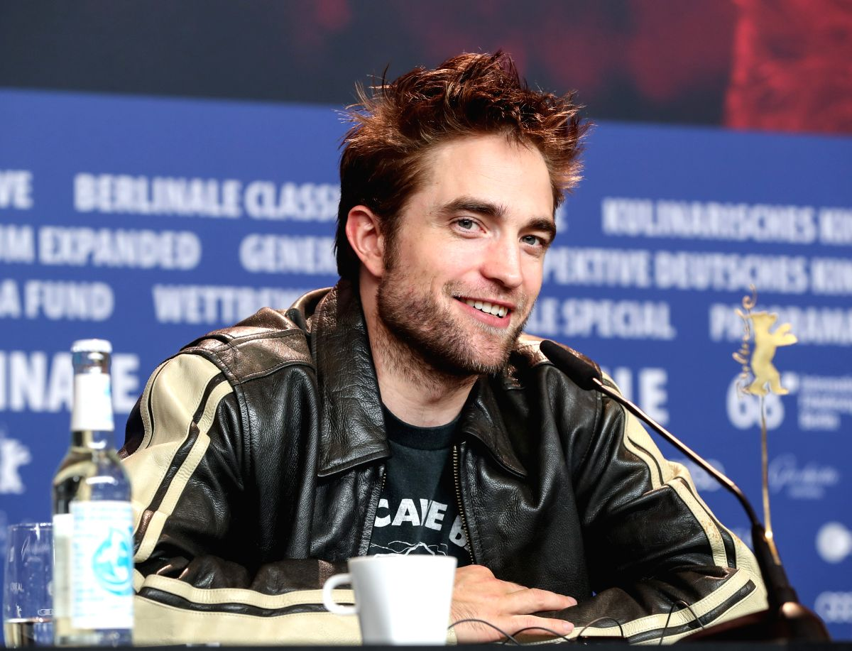 "BERLIN, Feb. 16, 2018 (Xinhua) -- Actor Robert Pattinson attends a press conference of film ""Damsel"" during the 68th Berlin International Film Festival, in Berlin, capital of Germany, Feb. 16, 2018. (Xinhua/Shan Yuqi/IANS)"