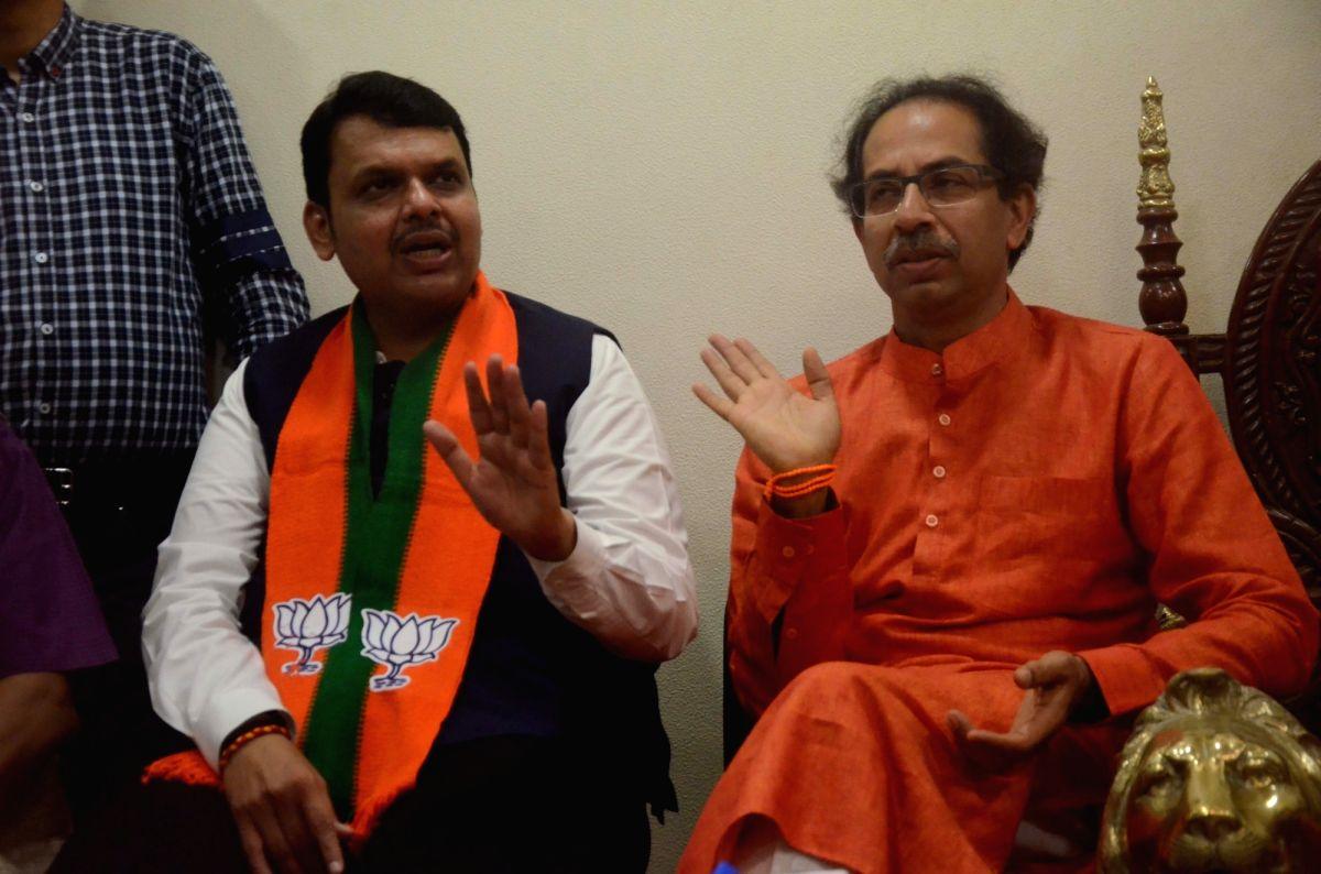 BJP & Sena may seal M'rashtra deal by weekend.