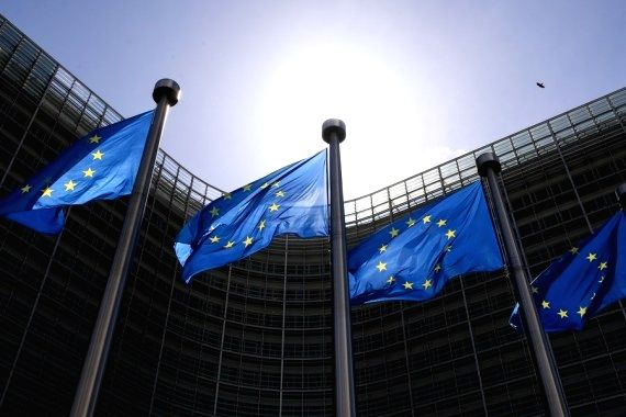 Brussels: Flags of the European Union fly outside the EU headquarters in Brussels, Belgium, May 21, 2021. (Xinhua/Zheng Huansong/IANS)