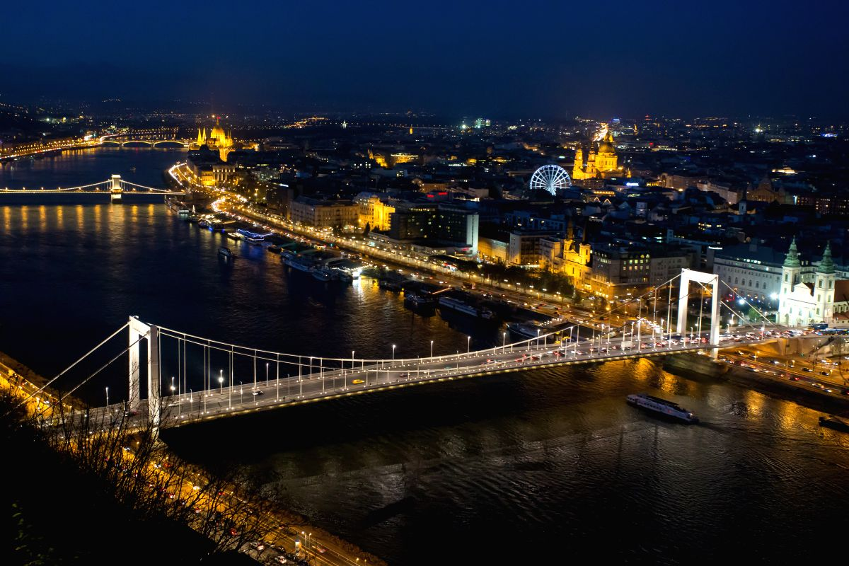 Elisabeth Bridge in Budapest, Hungary.