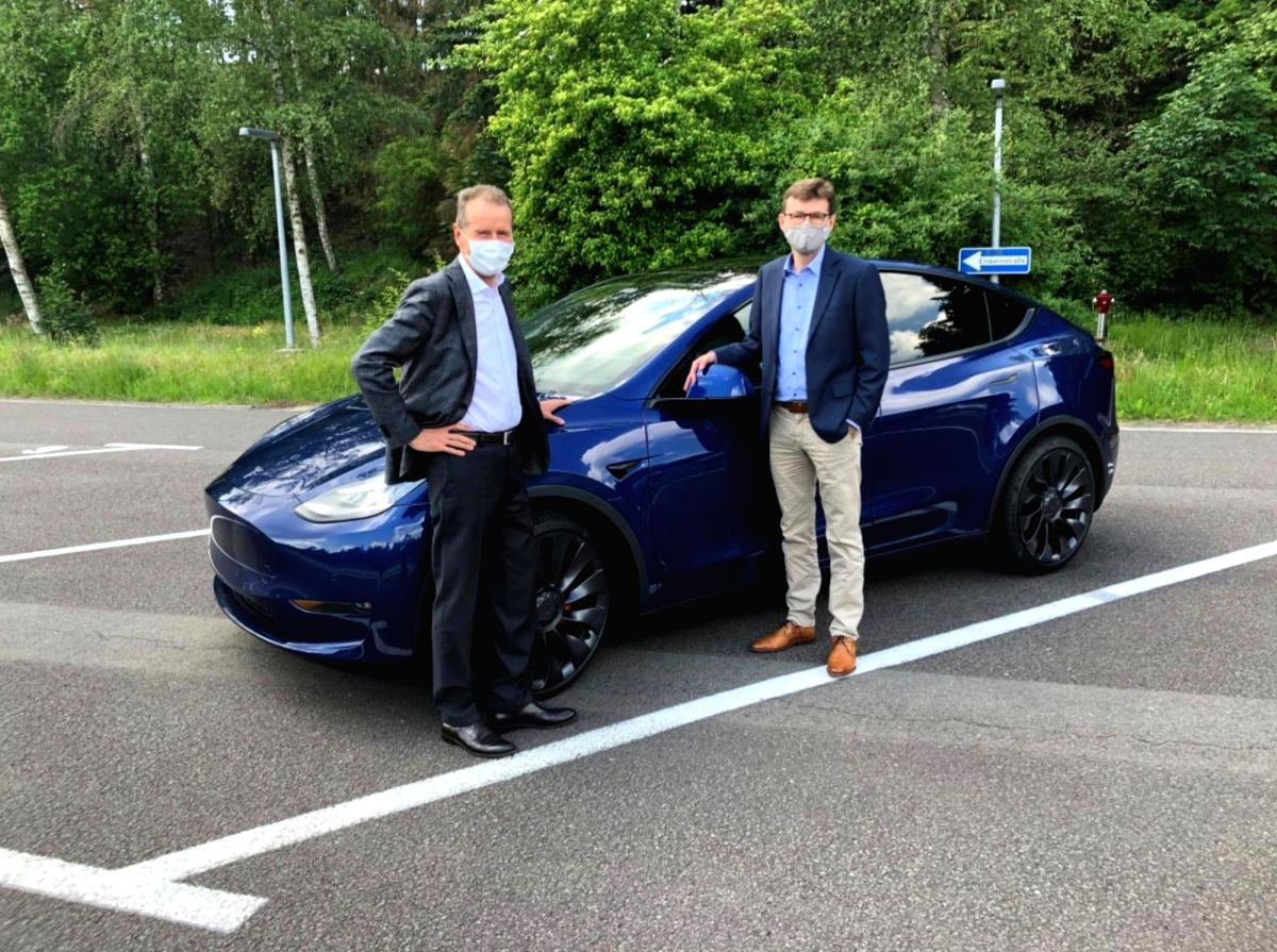 CEO test drives the Tesla Model Y, calls it a VW 'reference' car: Source Electrek.