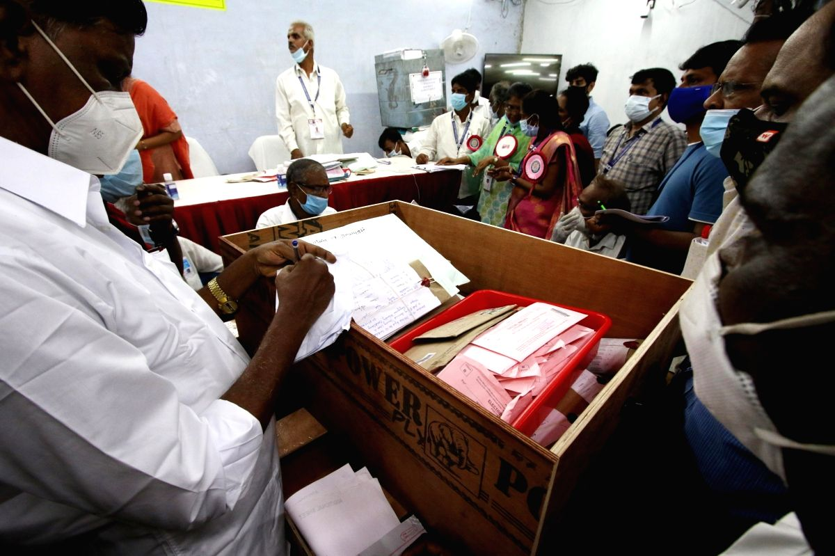 Chennai: Counting of votes for the Tamil Nadu assembly and the bypoll for the Kanyakumari Lok Sabha in Chennai on Sunday, May 02, April, 2021.(Photo:parthi bhan /IANS)