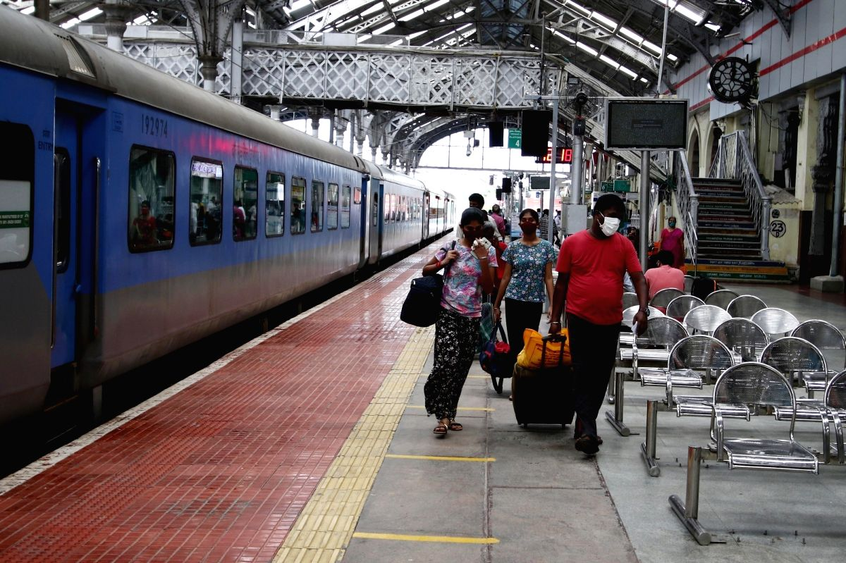 Southern Railway to run specials to clear rush