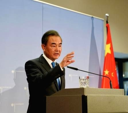 China, Laos to strengthen ties in Covid fight, economy