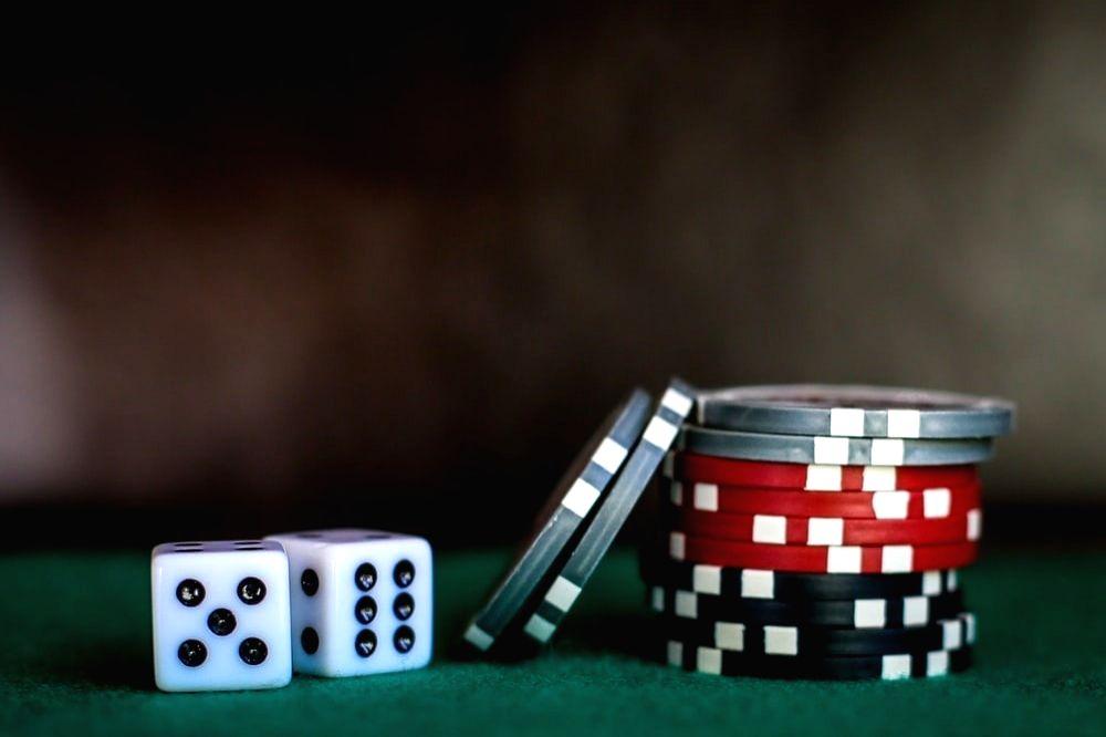 China to blacklist overseas gambling destinations.
