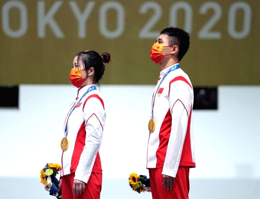 Chinese pair takes air rifle mixed gold, Indians nowhere in contention.