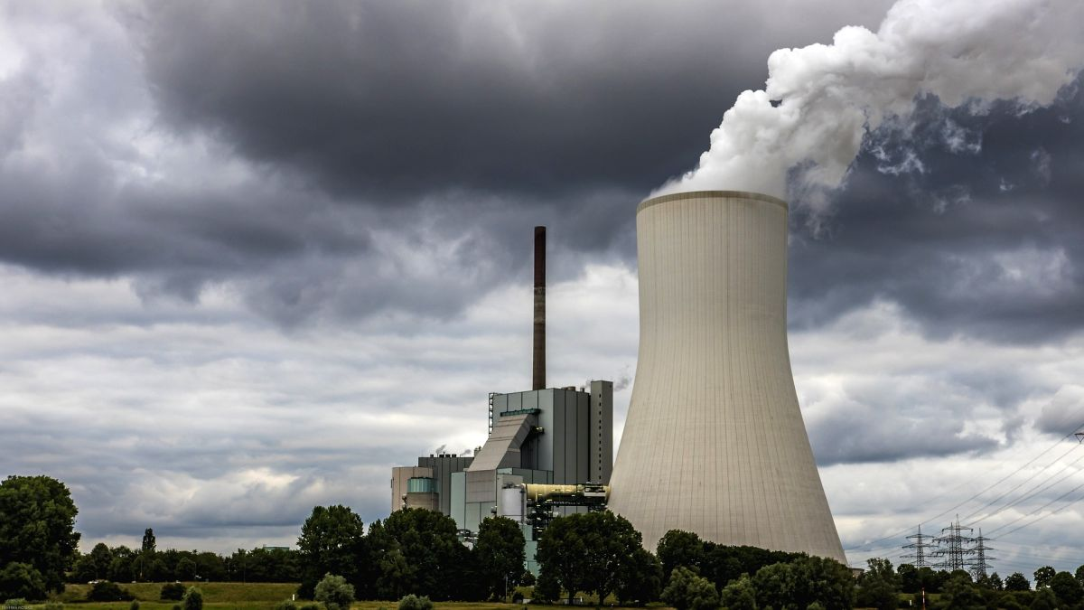 Coal power plants. (Credit: Pixabay.com)