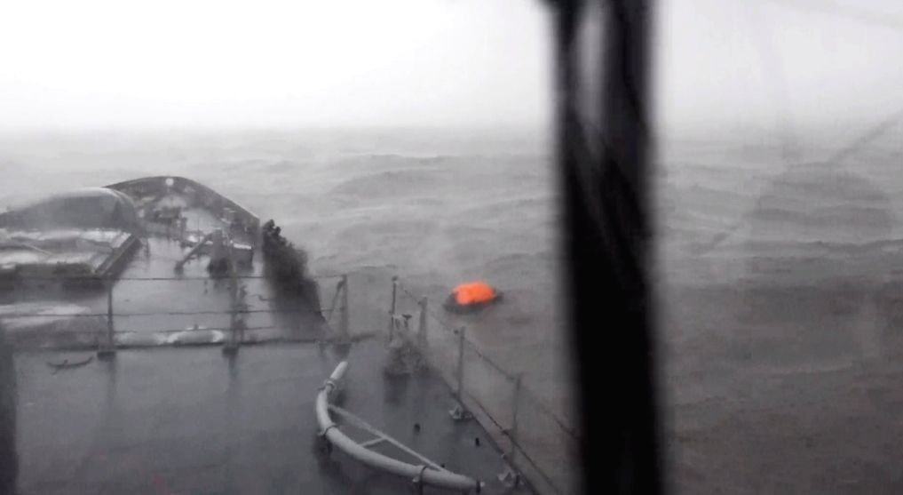 Cyclone effects: Navy goes to rescue 297 stuck on oil rig, barge