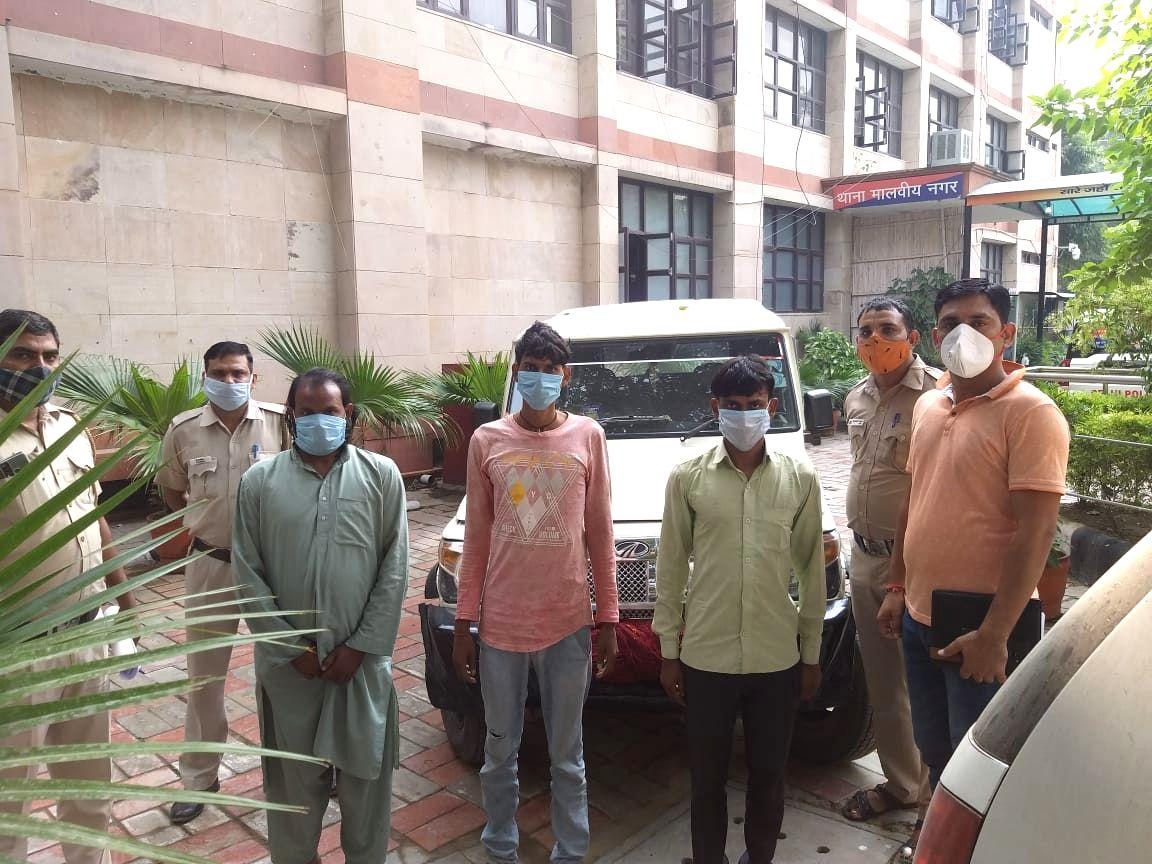 Delhi contractor held hostage in UP rescued, 3 held