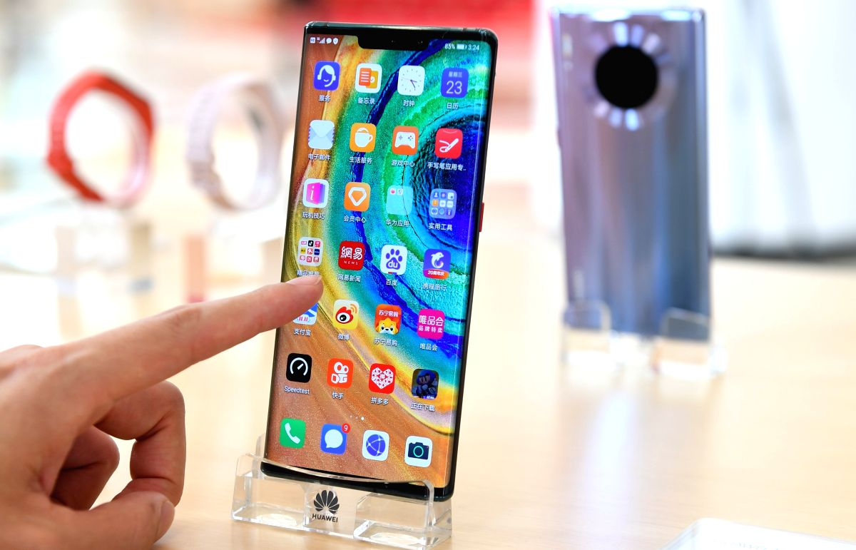 Despite several sectors facing economic slowdown, the consumer electronics industry broke all records to touch a new high in the Diwali sales season. (Xinhua/Mao Siqian/IANS)