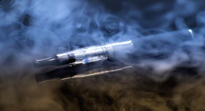E-cigarettes and the risks of chronic lung disease