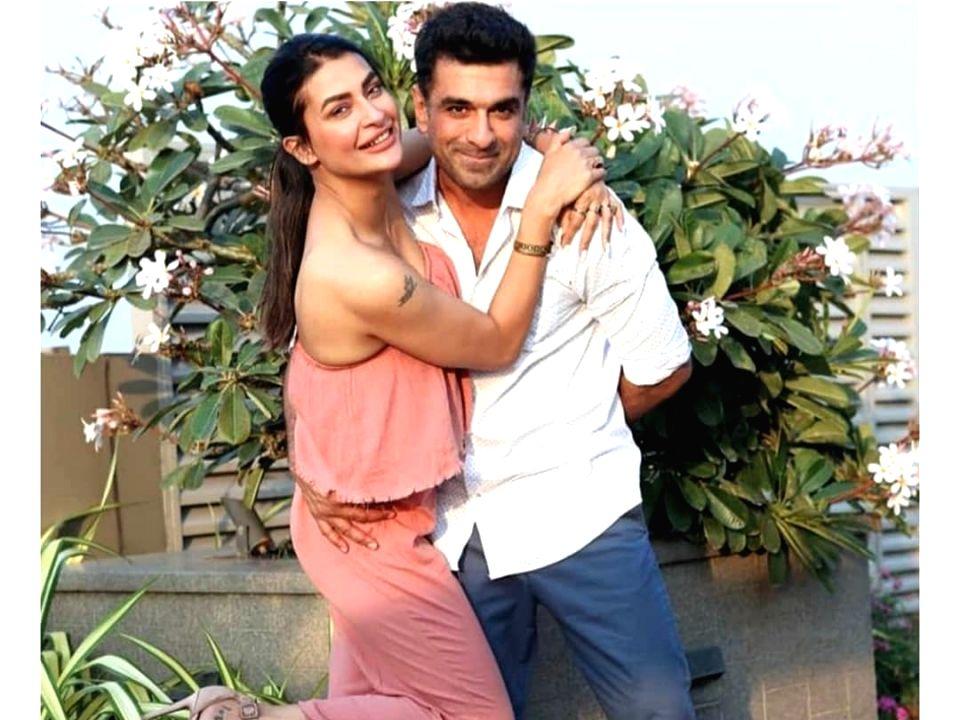 Eijaz Khan to Pavitra Punia: 'I love you one million'