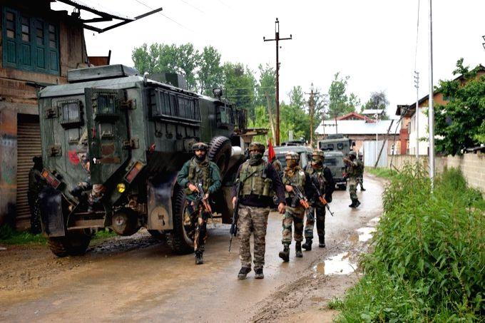 Encounter underway between troops & militants in Kashmir.