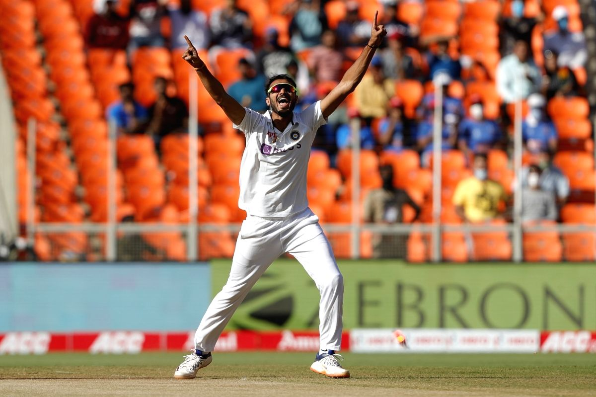 England all out for 81, India need 49 to win 3rd Test.