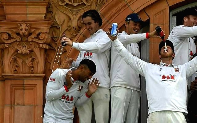 Essex under fire after alcohol poured over Muslim cricketer.