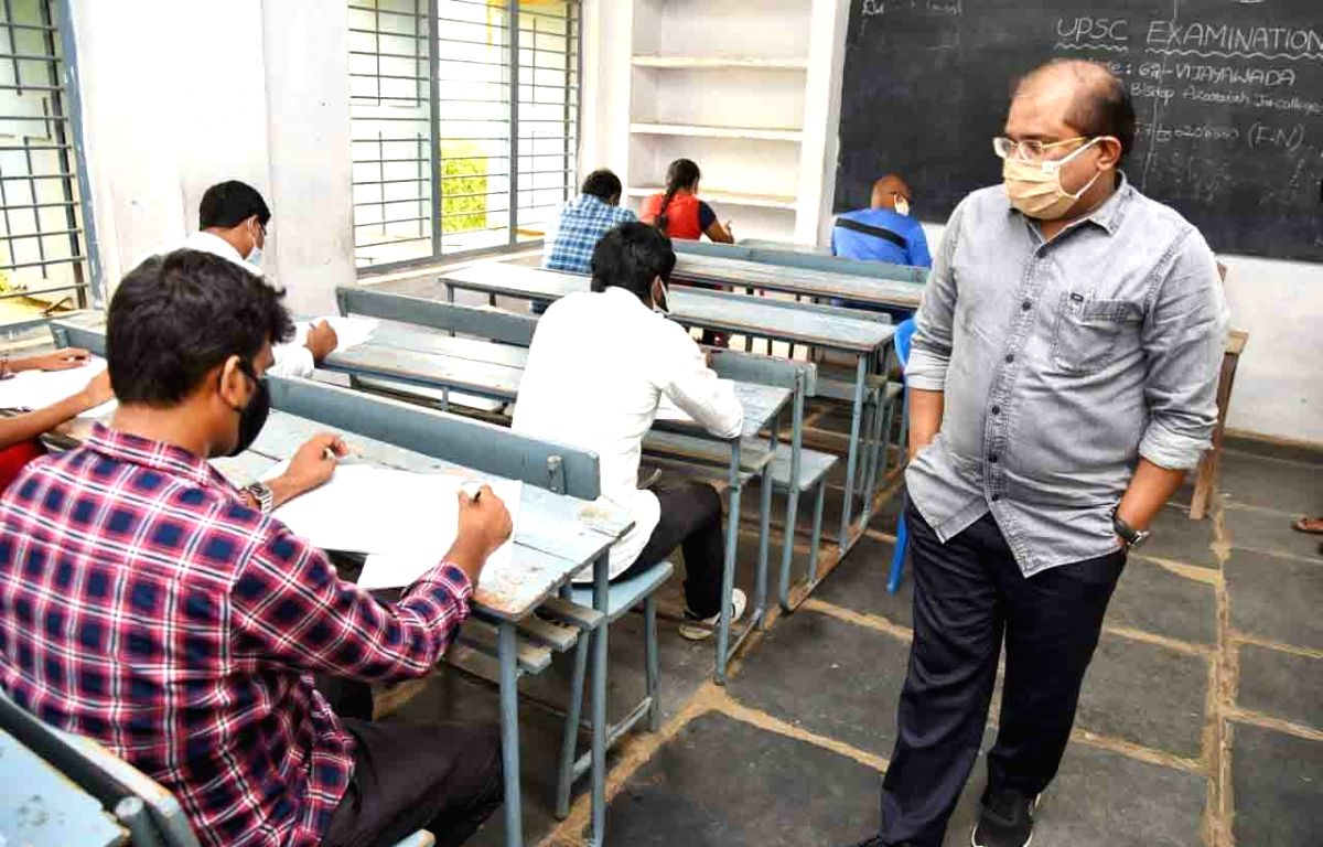 Extra chance for UPSC aspirants disrupts level playing field: Govt (
