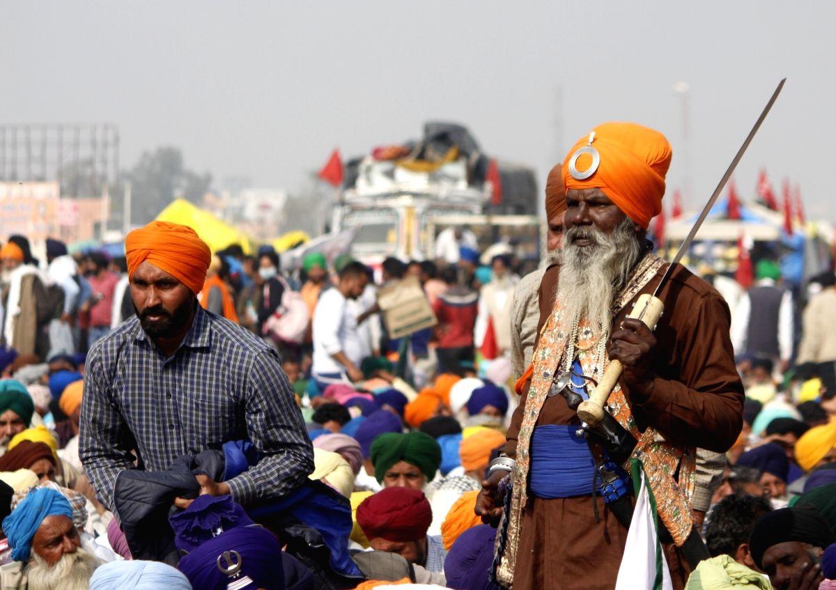 Modi govt authoritarian; wont go to Burari: Farmers