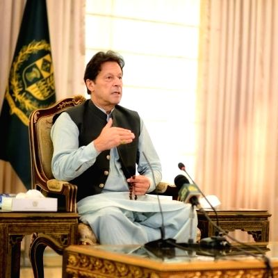Unfortunate to blame Pak for Afghanistan's situation: Imran