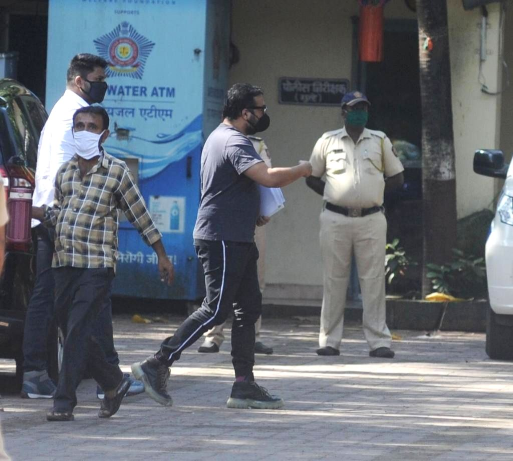 Filmmaker Anurag Kashyap arrives at Versova police station to appear for investigation in connection with the sexual harassment charges levelled against him by actress Payal Ghosh.