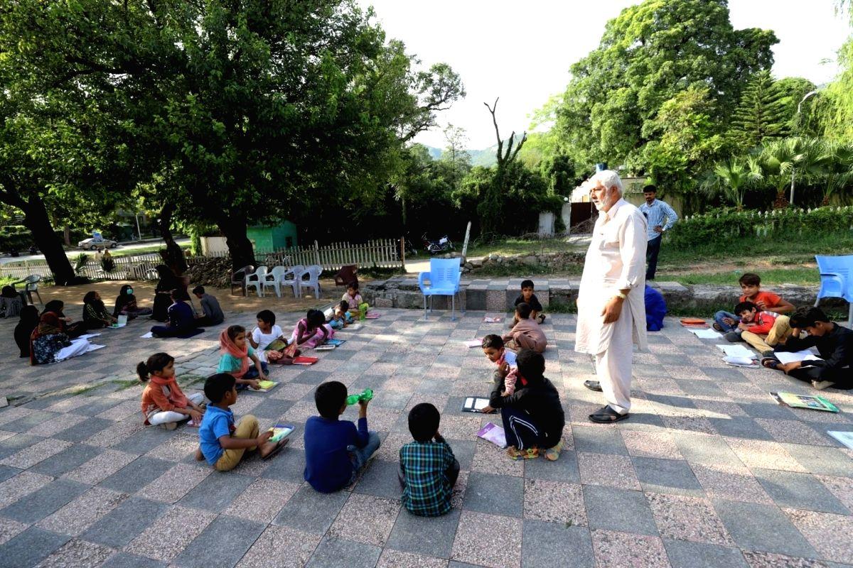 First lesson in Pakistani schools: Hindus are kafirs, Jews enemies of Islam