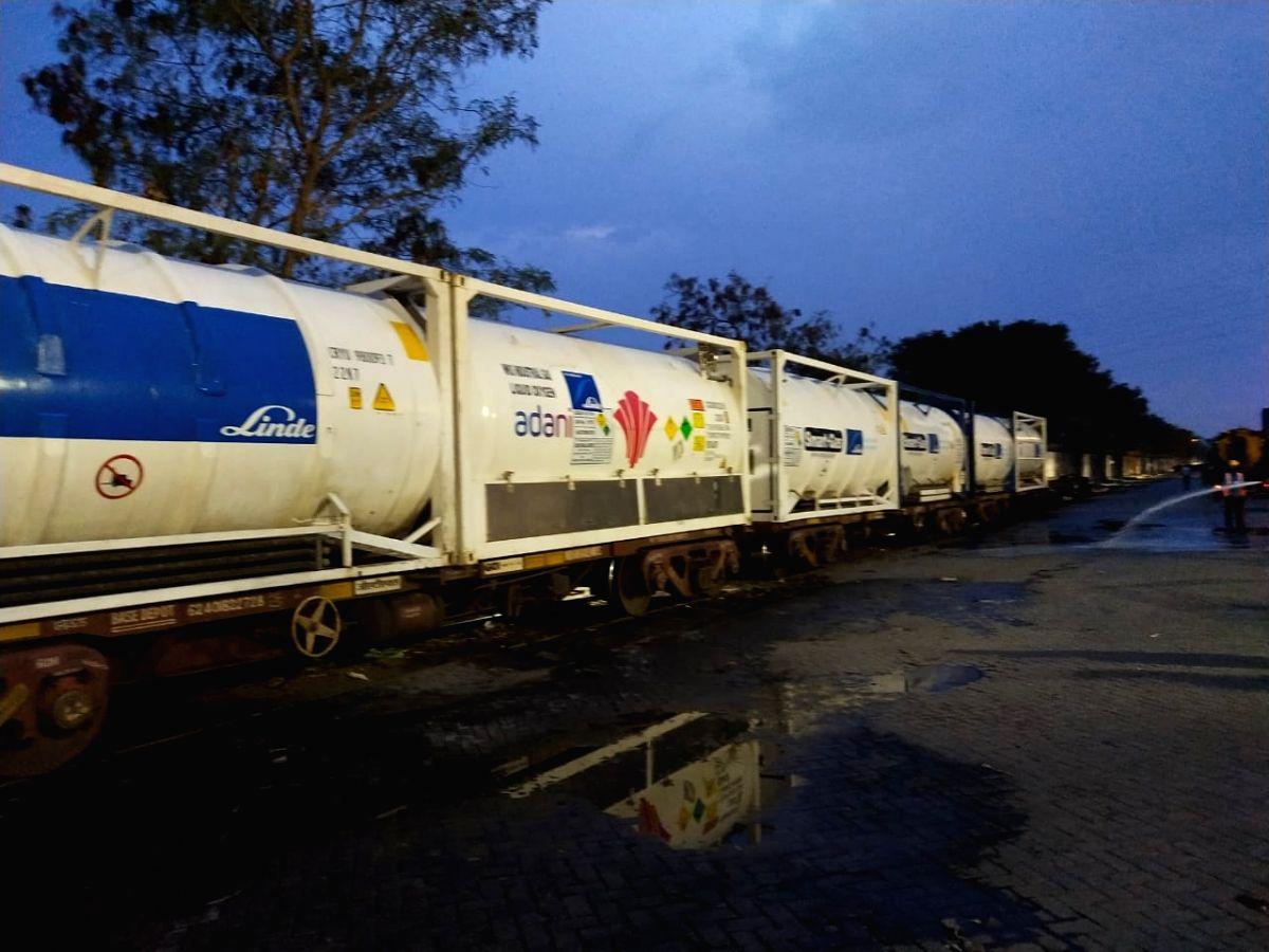 First Oxygen express train reaches Kerala